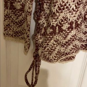 Knox Rose Sweaters - Burgundy and Cream Colored Sweater